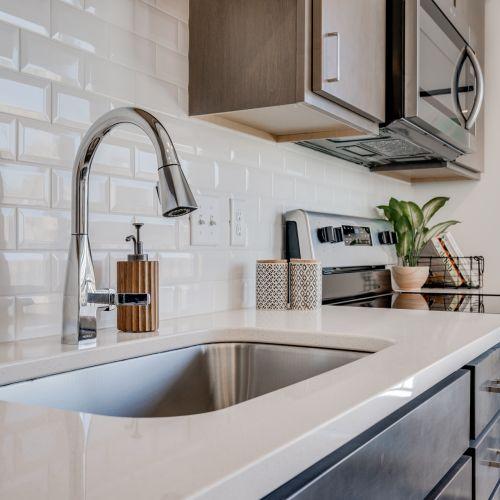 gal-3-cordelle-apartment-kitchen-sink.jpg