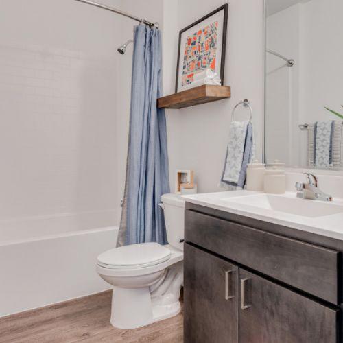 gal-5-cordelle-apartment-bathroom.jpg